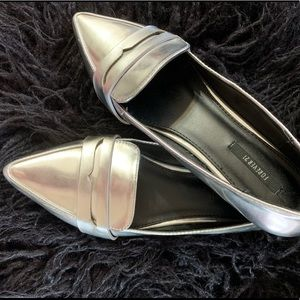 Forever 21 Silver Metallic Loafers Pointed Toe